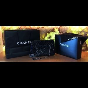 CHANEL Black Vinyl Quilted Tote